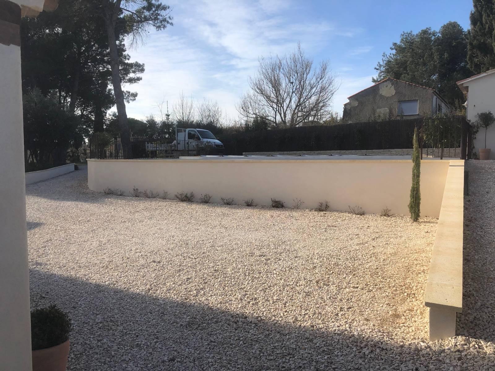 Habillage D Un Mur De Cloture construction d'un pool house, de murs de soutènement, de mur